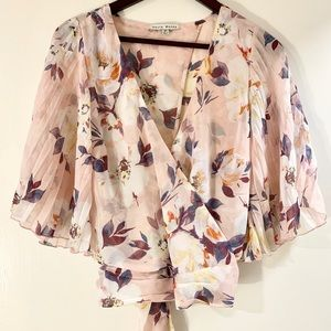 NWT Floral Open Back Tie Blouse, Size M!